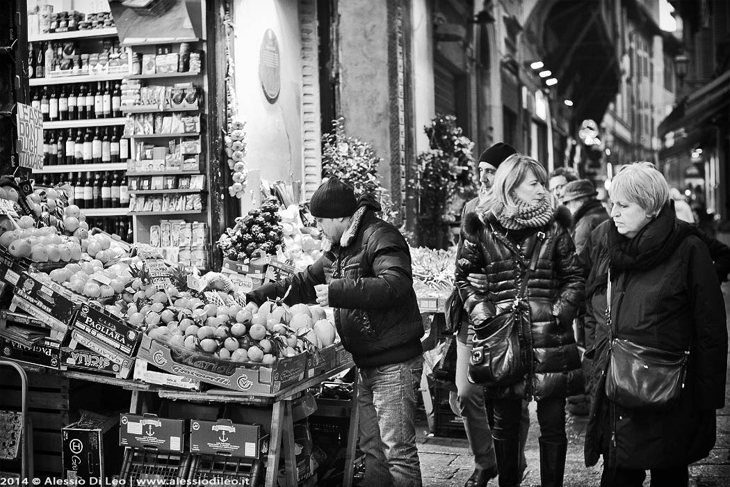 via Pescherie Vecchie Bologna