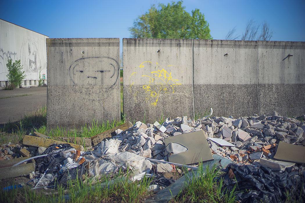 capannone abbandonato modena