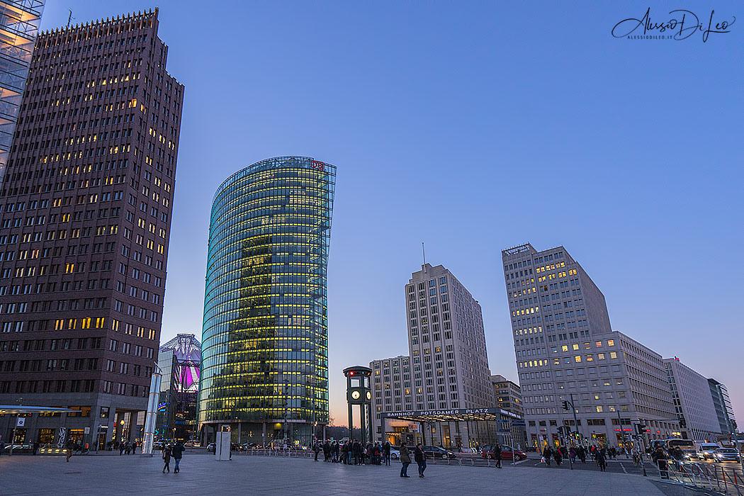 Berlino la citt dai mille volti scopriamola assieme for Citta tedesca nota per le fabbriche di auto