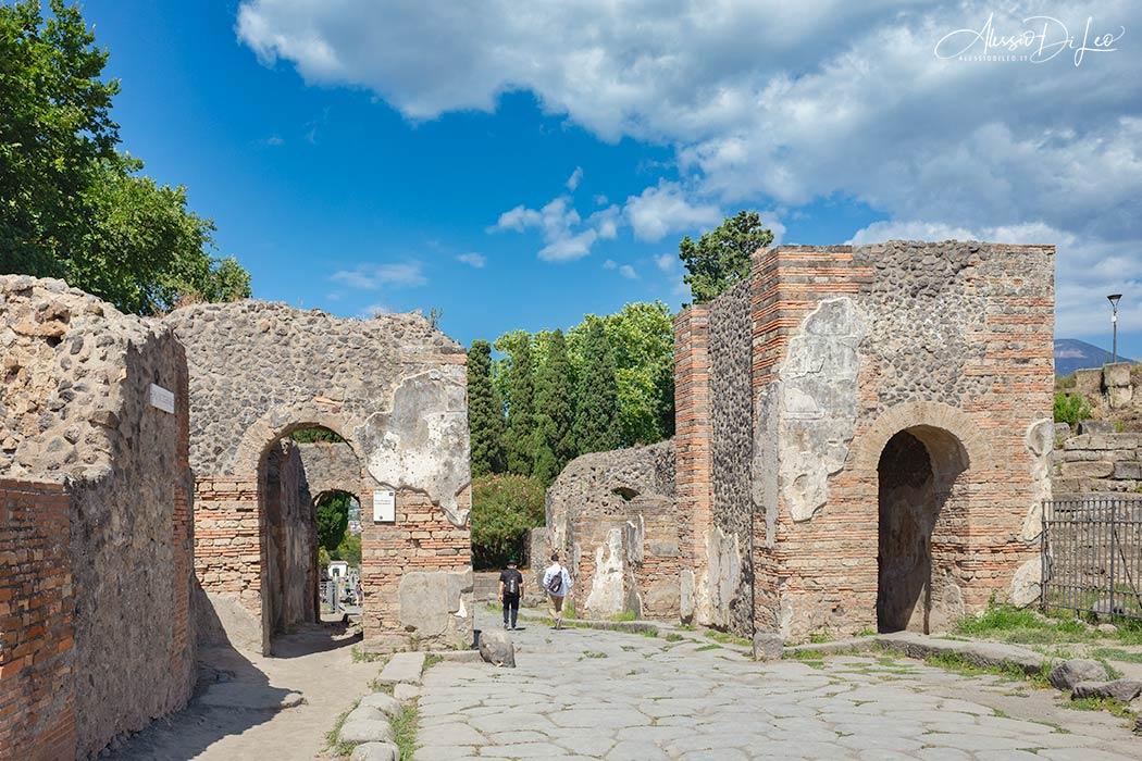 Porta ercolano pompei