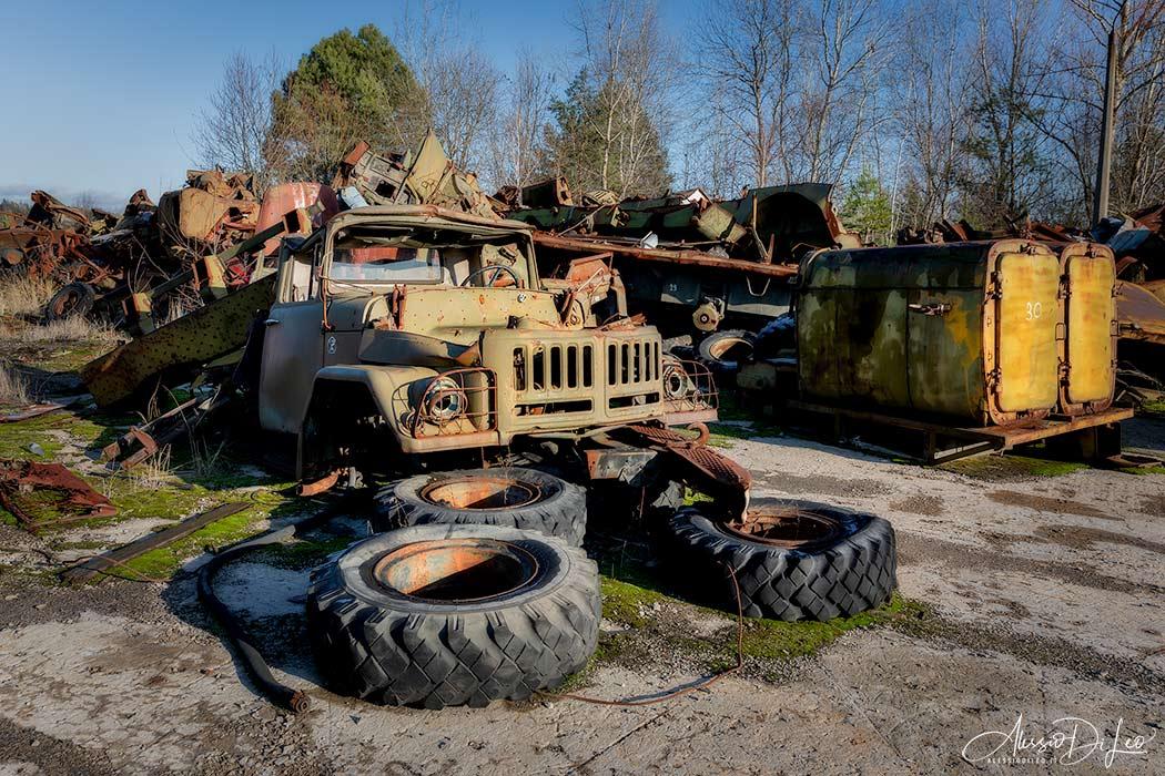 Discarica mezzi abbandonati Pripyat
